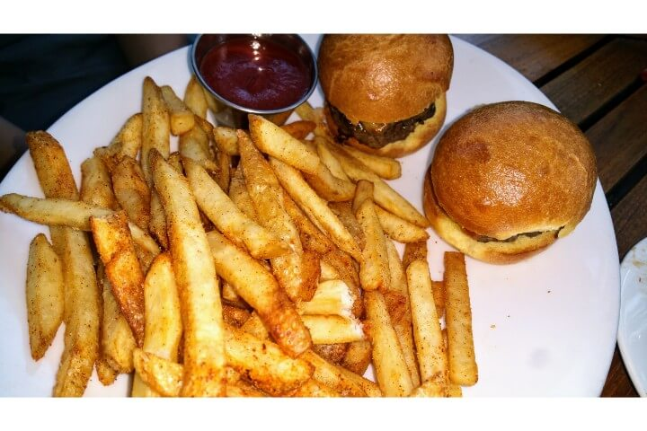 Plated kids beef sliders with fries