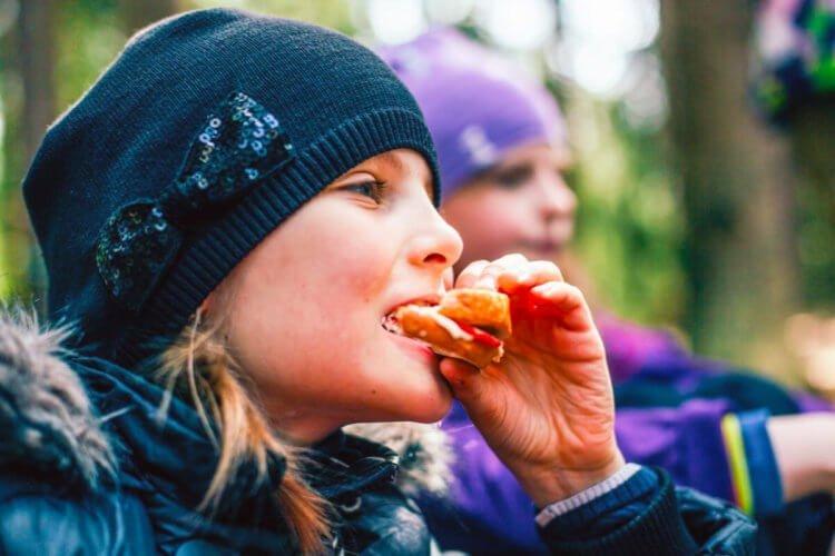 kids hiking snacks