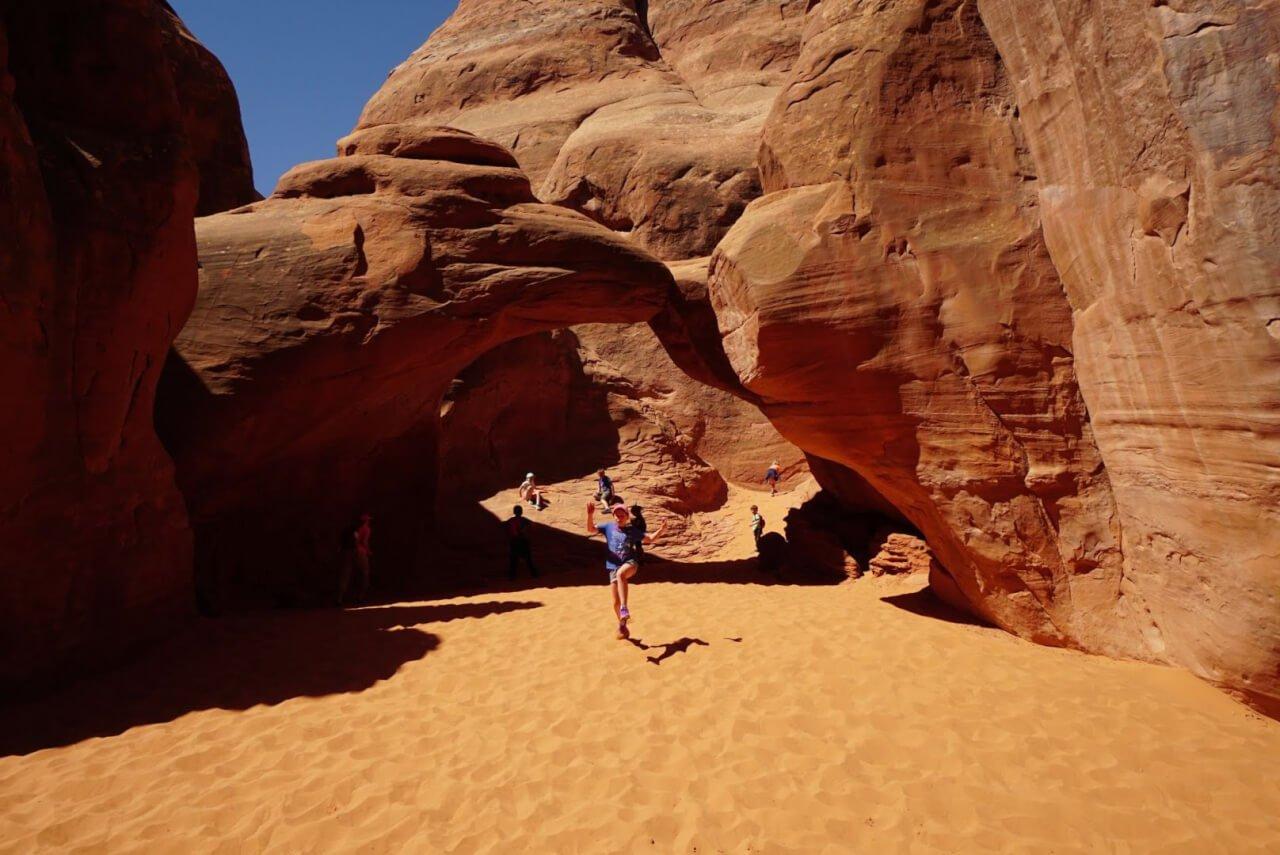 Sand Dunes Arch
