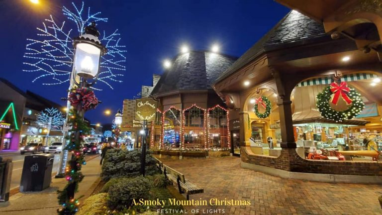 Smoky Mountains Christmas Lights To Brighten Up Your Tennessee Christmas