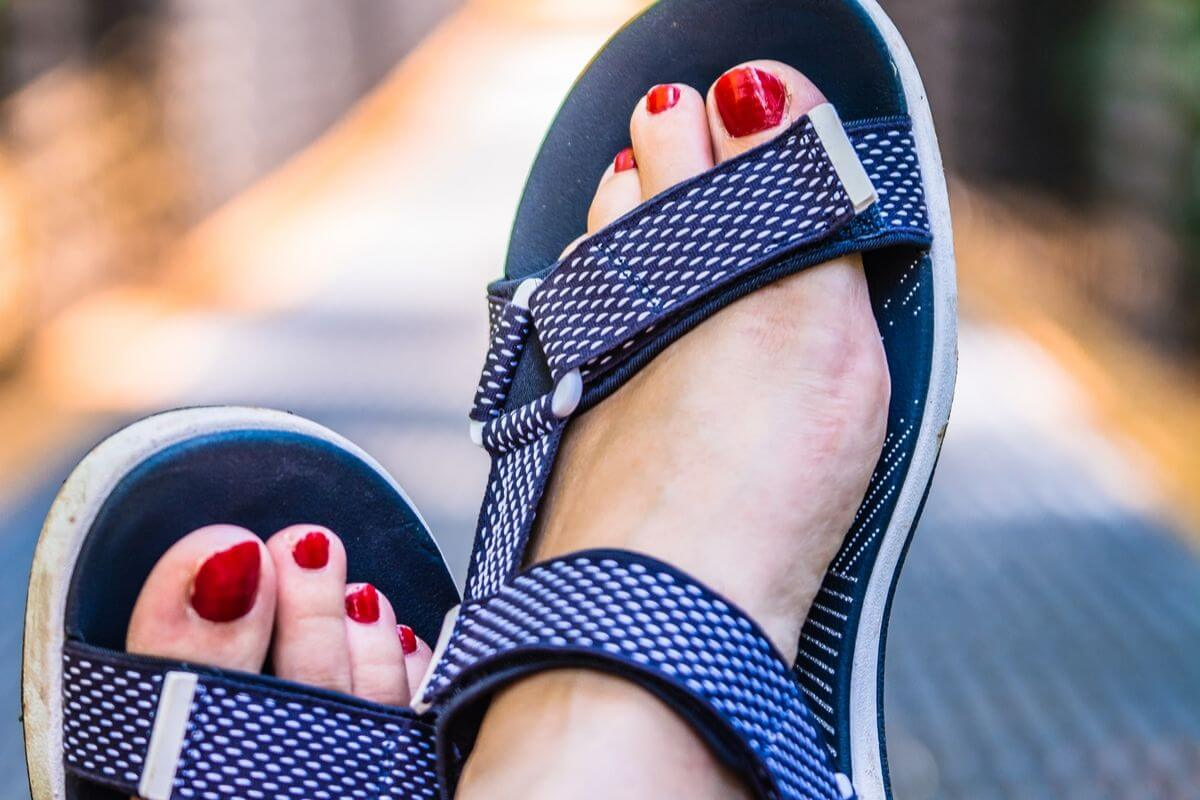 best sandals for bunions on the market