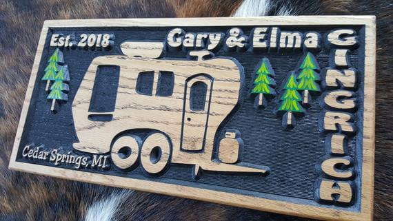 3D Personalized Camper Sign