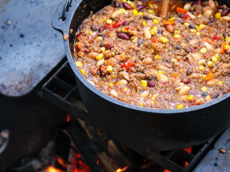 10 Easy To Make Cheap Camping Meals That Will Satisfy Your Whole Crew