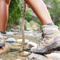 hiking boots for flat feet