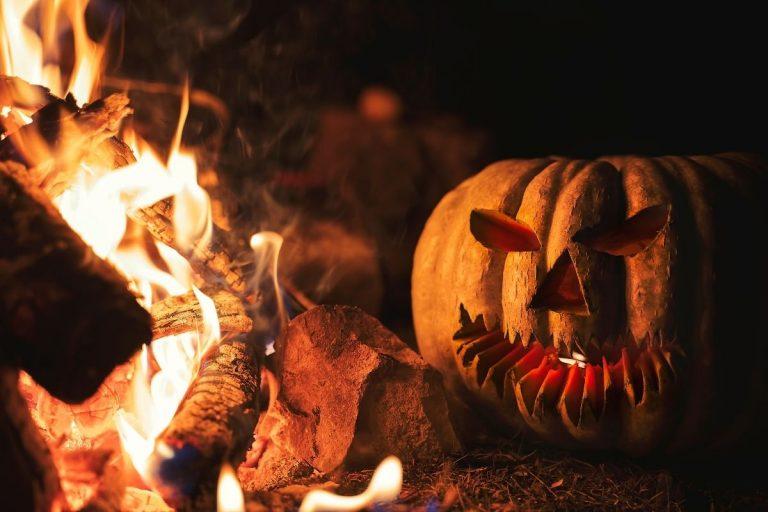 Halloween Camping decor