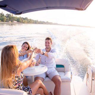 Luxury pontoons
